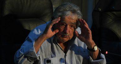 Mujica: América Latina debe copiar el modelo chino para dejar el subdesarrollo